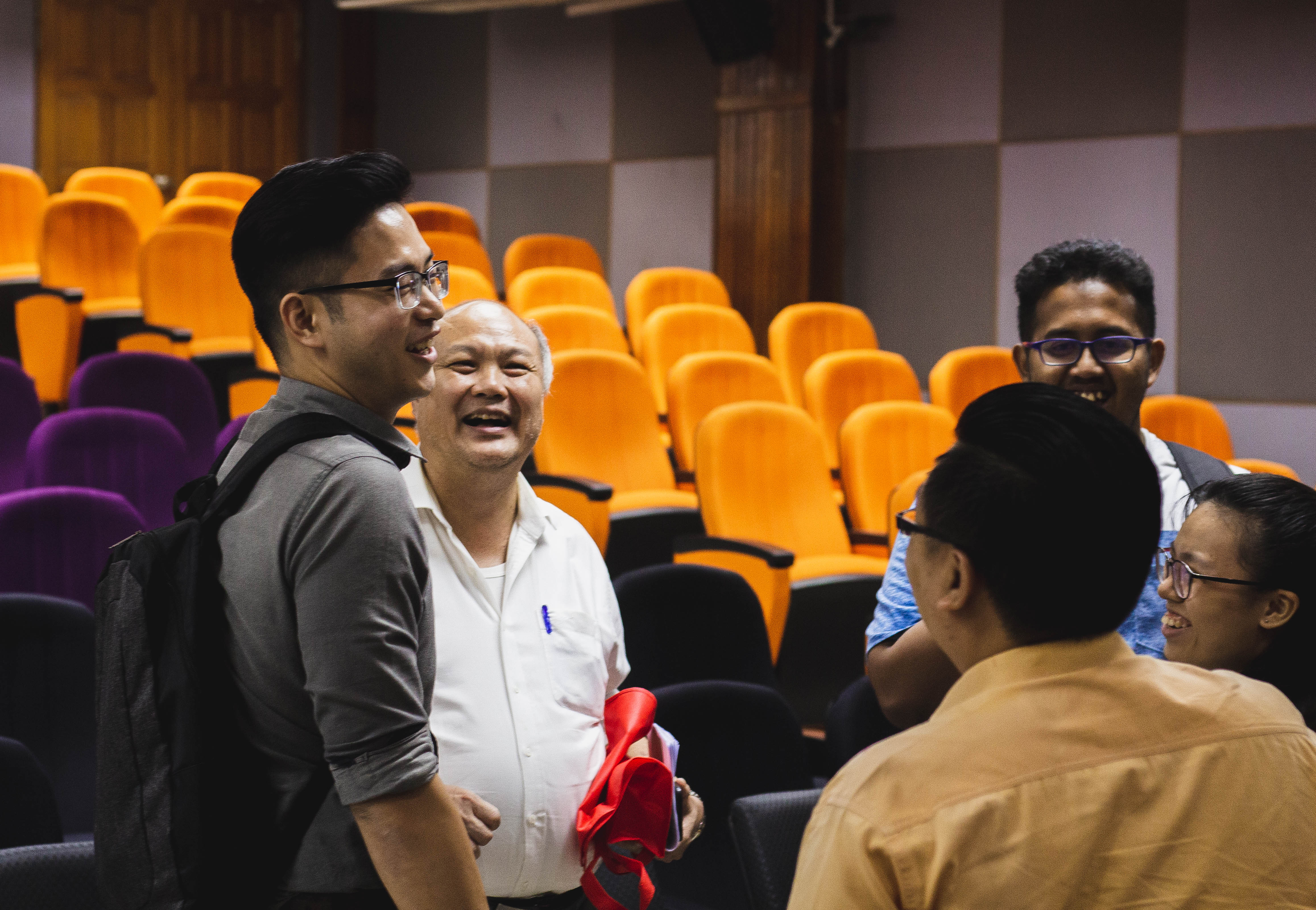 Some interaction session between speakers and audience during the UPM-HTC industrial talk.